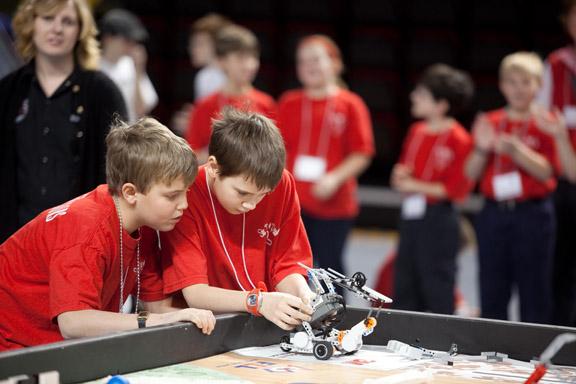 2011.01.29_lego robotics_lewis-0012