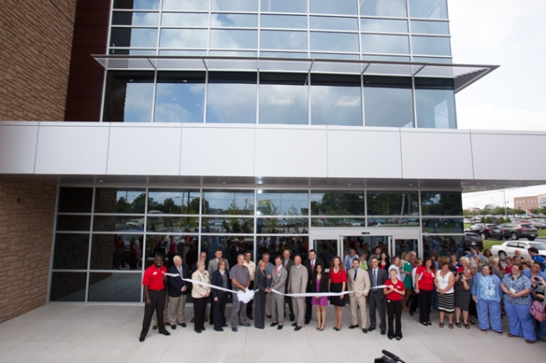 A ribbon cutting ceremony was held Aug. 22 for The Medical Center-WKU Health Sciences Complex. (WKU photo by Clinton Lewis)