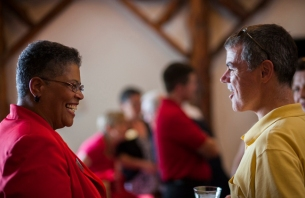 Dr. Evelyn Ellis, (left) new Regional Chancellor at WKU Elizabethtown-Fort Knox, attended the Down Home Gathering on the Hill, hosted by WKU Regional Campuses on Aug. 22 at the Faculty House