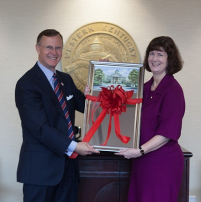 WKU President Dr. Gary Ransdell thanked Dr. Patricia Minter for her service as faculty regent on the WKU Board of Regents on Oct. 31.