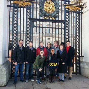 Students in a CCSA winter 2015 course in London visited Buckingham Palace with Dr. Patti Minter from WKU's History Department. CCSA's summer 2015 courses begin in mid-May.