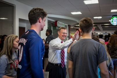 President Gary Ransdell greeted students at an ATP session.