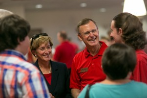 President Gary Ransdell and his wife, Julie, welcomed members of the Class of 2019 on Aug. 16.