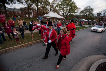 "WKU President Gary A. Ransdell and his wife, Julie, participated in the Homecoming 2015 parade. The 2016 theme is ""Oh, the Places You'll Go! A Ransdell Story"" as WKU celebrates the Ransdells' final year as President and First Lady. (WKU photo by Clinton Lewis)"