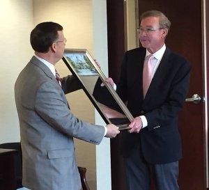 WKU President Gary Ransdell recognized Larry Zielke for his 12 years as a member of WKU's Board of Regents. Zielke's term ends June 30. (WKU photo by Bob Skipper)