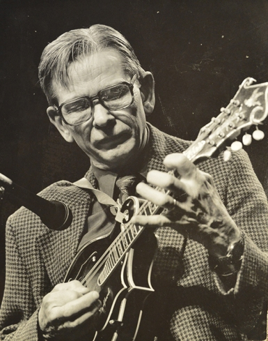 The Homer Ledford Award is given in honor and memory of the master luthier, musician and educator.