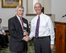 Glen Conner (left) received a Kentucky History Award from Michael J. Hammons, president of the KHS Governing Board.