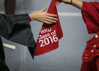 WKU Week in Photos: Fall 2016 Commenceme...