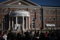 WKU hosted a dedication ceremony for the Dixie and Peter Mahurin Honors College on April 7.